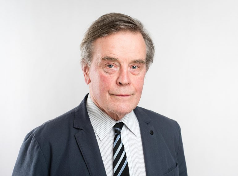 David Farrer QC: Biography
